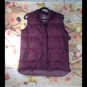 Cabela's vest  size M